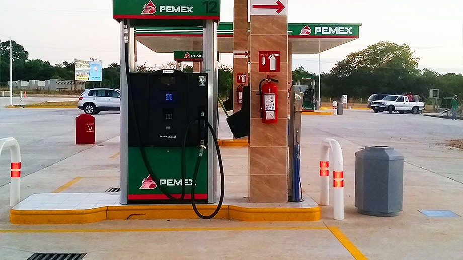 dispensadores de gasolina playa catazaja